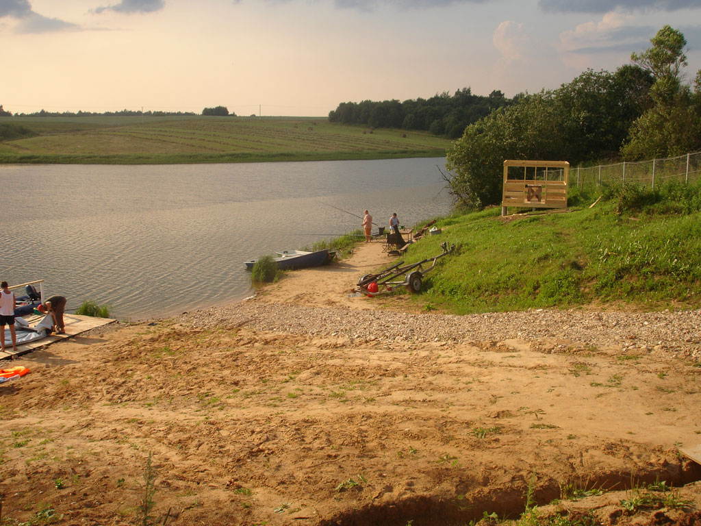 Vazuzskoe reservoir: fishing and recreation at local bases 92